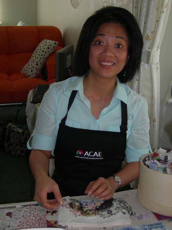 Vada designing her bag